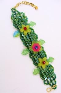 green floral bracelet 5